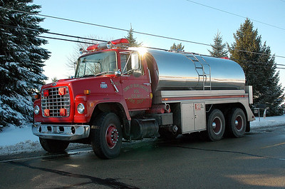 Tender 967 - 1986 Ford/Stuart - 3250 Gallons