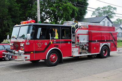 Engine 521  - 1993 Emergency One/Sentry - 1500/1000 - Photograph Added June 24th, 2011.