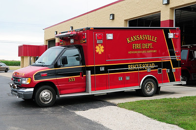 Rescue 533 - 1998 Ford/Medtec - ALS - Photograph Added - August 11th, 2013.