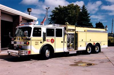 Mt. Pleasant Engine 4 - Photo Added 4/8/2010  Scanned Photo