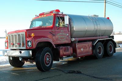 Tender 323 - 1990 International/US Tanker - 3600/250Portable Pump