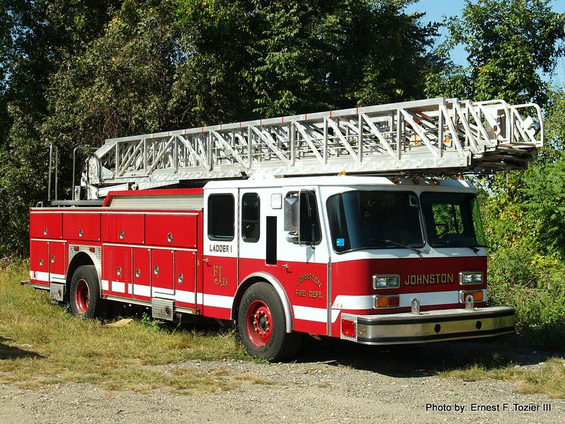 Johnston, RI Ladder 1 - 1993 E-One 110' Rearmount