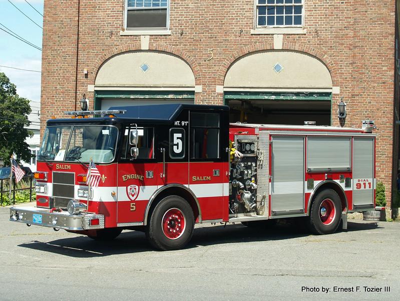 Engine 5 - 1995 Pierce Saber 1250/750 (After refurb, former Engine 1)