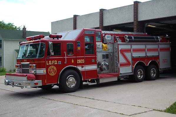 Engine 2820 - 2001 Pierce/Lance - 2000/2000