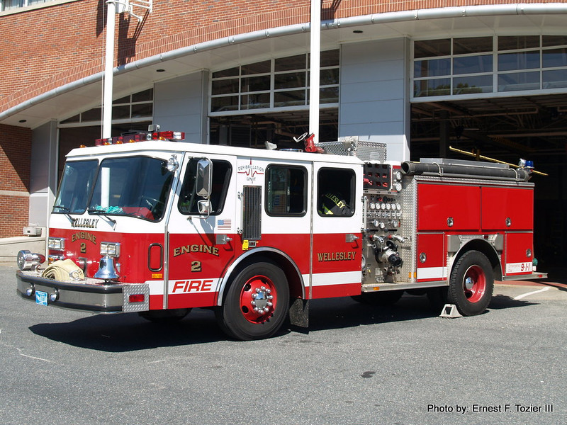 Engine 2 - 1989 E-One Hurricane 1500/500 (Ex-Needham)