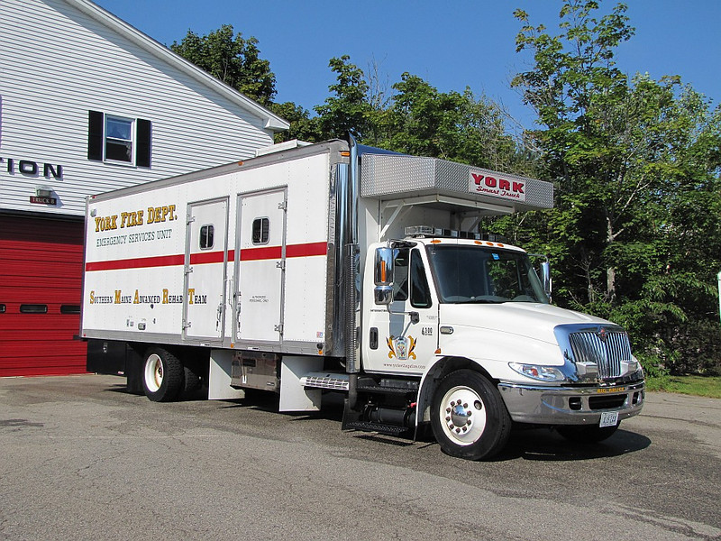 S.M.A.R.T. Truck - 2005 International/Department built (Right side shot)