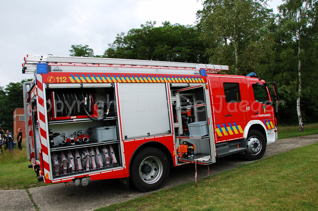 The Mercedes Atego fire truck of the voluntary fire department of Leopoldsburg.