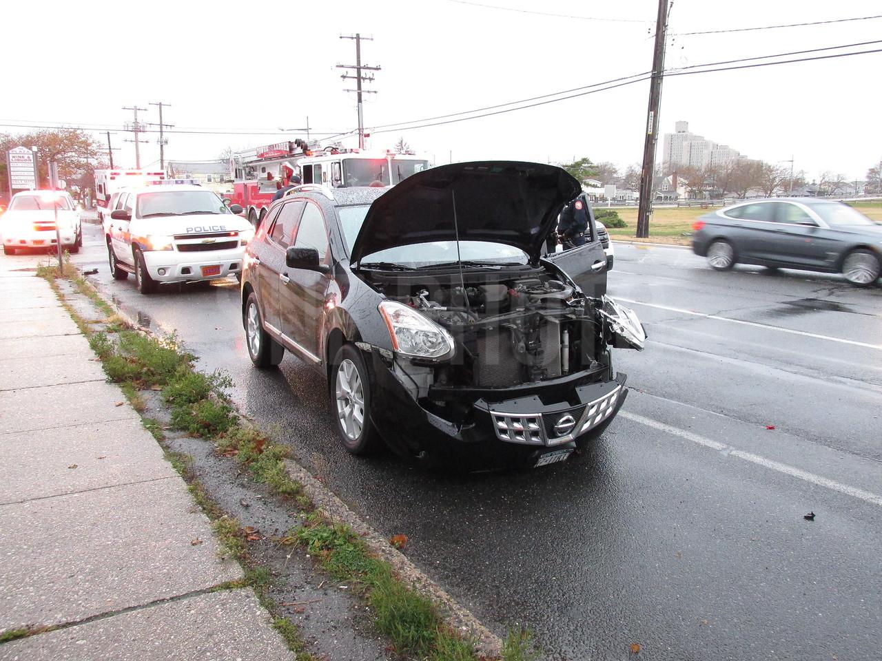 The SUV sustained minor damage.
