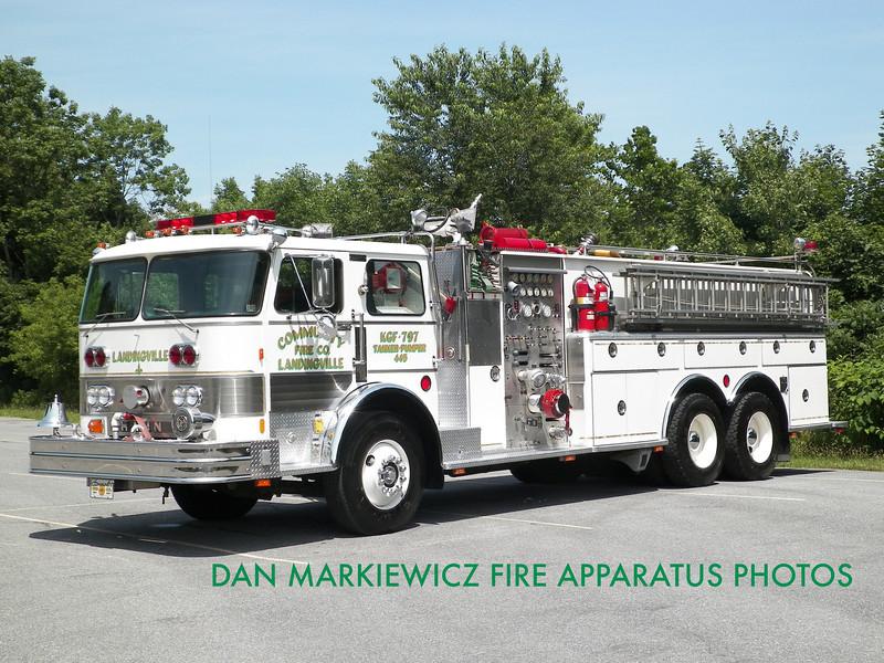 COMMUNITY FIRE CO. TANKER 47-32 1982 HAHN TANKER/PUMPER