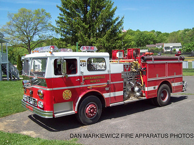 MECHANICSVILLE HOSE CO ENGINE 492 1977 WARD LA FRANCE PUMPER