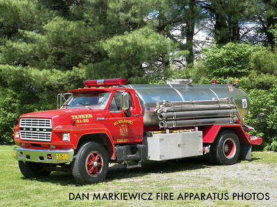 CITIZENS FIRE CO. TANKER 51-30 1983 FORD/GENERAL TANK TANKER