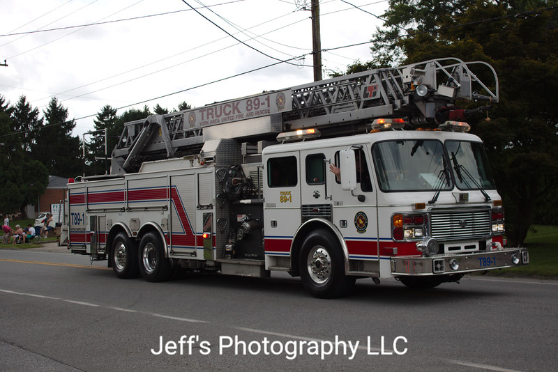 York Area United Fire & Rescue, York, PA, Ladder #T89-1