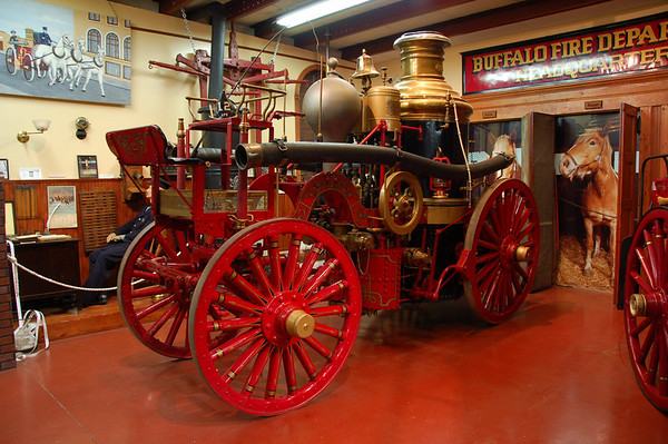 American LaFrance steamer on display