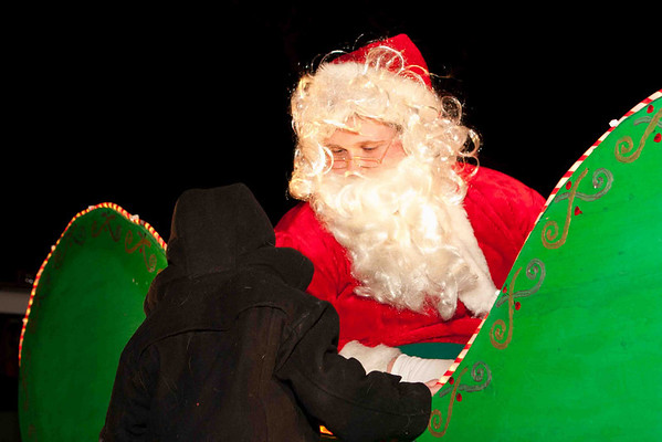 Santa Claus is coming to Levittown!