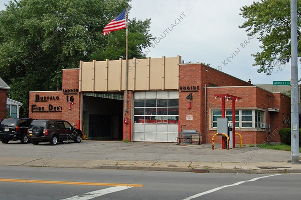 Buffalo, NY Engine 4 939 Abbott at Hollywood