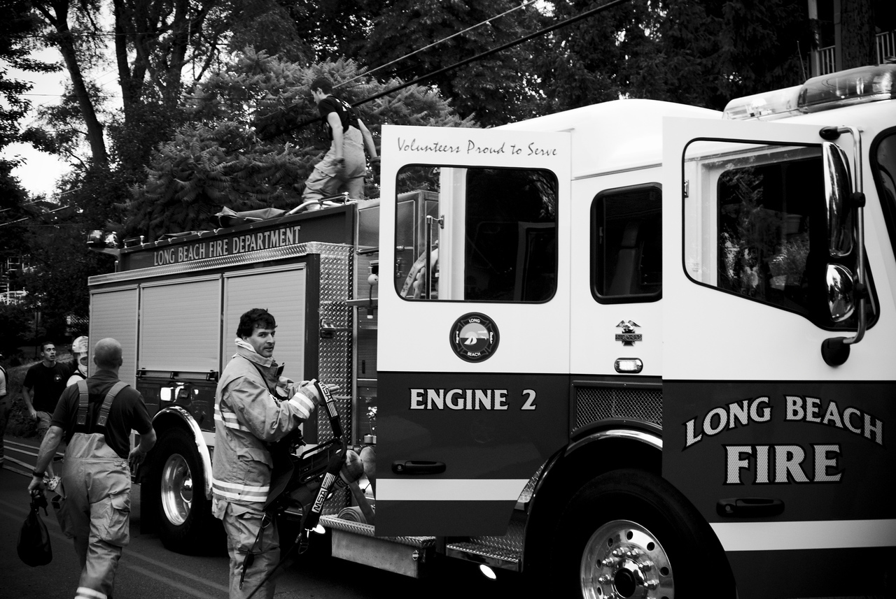 Members of LBFD Engine 2 take up and start to square thier rig away.