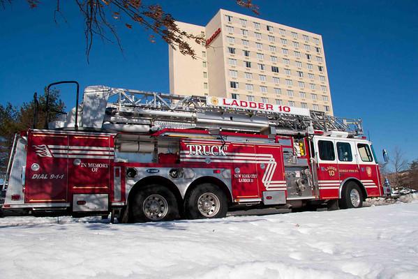 2 Alarm Highrise Sherton 02-03-2011 Hotel