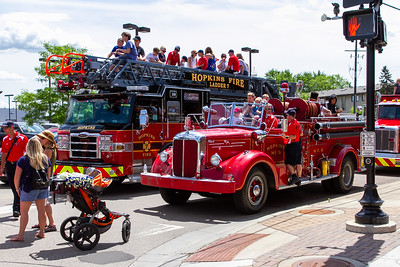 2019-07-hopkins-parade-2-mjl-025