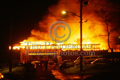 February 15, 1987 - Multiple Alarm Factory Fire - Brockton, Mass. - London Clothing, Main Street Fairly blurry...I was out of shape, just ran 3 blocks, the temperature was in the single digits, and I was approaching the biggest fire I had been to to date....