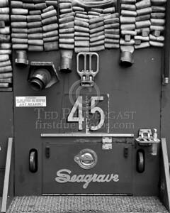 FDNY Engine Co.45 - Spare Seagrave Pumper - 2008 NJMFPA Bus Trip