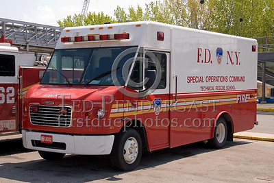 FDNY - Special Operations Command - Technical Rescue School Training Van - Fire Academy At Randall's Island - 2008 FDNY NJ Metro Fire Photographer's Bus Trip