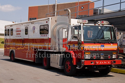 FDNY - Mobile Command Center - Fire Academy At Randall's Island - 2008 FDNY NJ Metro Fire Photographer's Bus Trip