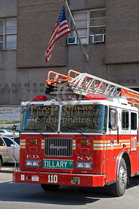 "FDNY Ladder Co. 110 - ""Tillary Tigers"", Tillary Street Brooklyn - Seagrave rearmount aerial - NJMFPA 2008 Annual Bus Trip to the FDNY"