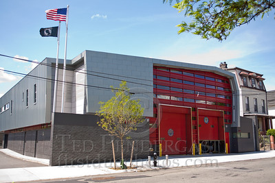 FDNY Firehouse - Rescue Co3 - Big Blue