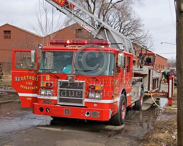 "Detroit Ladder Co. 8 ""The Junction Boys"" - 2001 Pierce 100' tiller - Shop # 296"