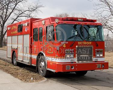 Detroit Squad Co. 4 - 2004 Spartan/SVI Rescue Squad - Shop# 400