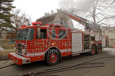 Detroit Ladder Co. 1 - 2003 Pierce 100' Rearmount Ladder - Shop# 377