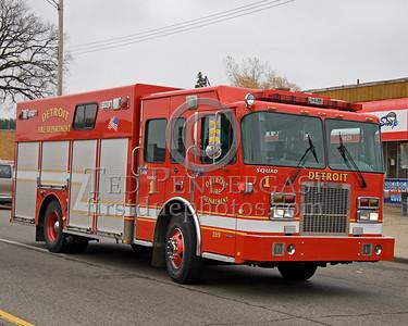 Detroit,MI - Squad Co.1 (2004 Spartan/SVI Shop#399) - 2 Alarms - 19848 Joy Rd corner Plainview Av - 'Family Dollar Store'