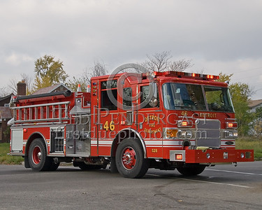 Detroit,MI - Engine Co.46 (2007 Pierce Enforcer 1250gpm/500gal Shop#528) - Working Fire - Young St near Chalmers St