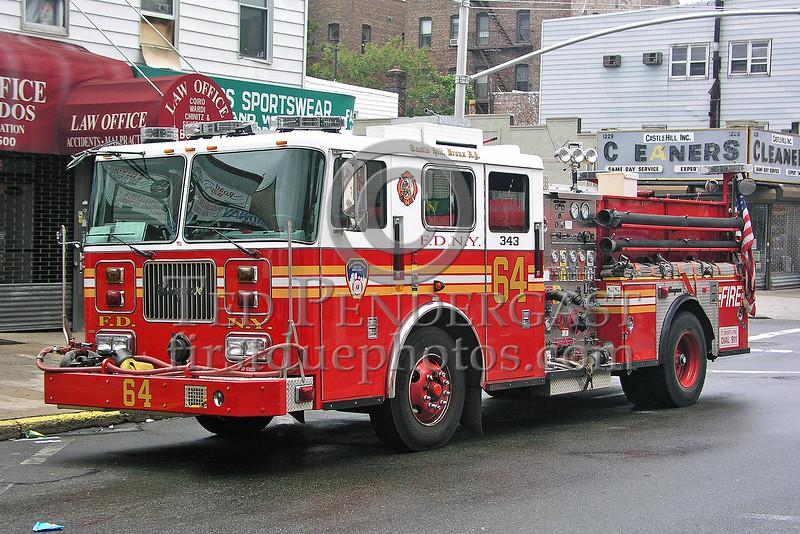 FDNY Engine Co.64 - Castle Hill, Da Bronx