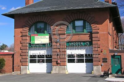 Boston, MA - Engine 30 And Ladder 25 - 1940 Centre St - West Roxbury