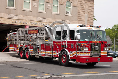 Hartford CT - Ladder Co.3 - 2008 Sutphen Tower 95-foot 1500gpm