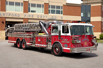 East Hartford CT L3 - 1989 Sutphen 95ft Tower 1500/300 (former Tower 1)