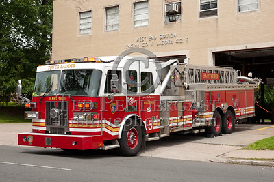 Hartford CT - Ladder Co.5 - 2004 Sutphen Tower 95-foot 1500/300