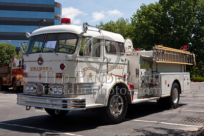 Former Swansea MA Engine Co.8 (former Engine Co.1) - Mack C-Model. Photo Taken At The 2009 Lynnfield MA SPAAMFA Muster