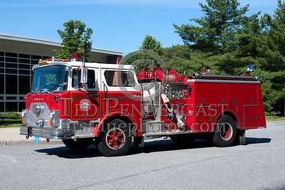 Ipswich MA Engine Co.1 - 1980 Mack CF 1000gpm/750gal (formerly served Milford NH). Photo Taken At The 2009 Lynnfield MA SPAAMFA Muster