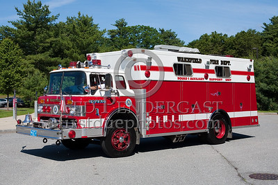 Wakefield MA Auxiliary Squad No.1 - 1981 Ford C8000/Marion HR (formerly served Scarborough ME). Photo Taken At The 2009 Lynnfield MA SPAAMFA Muster