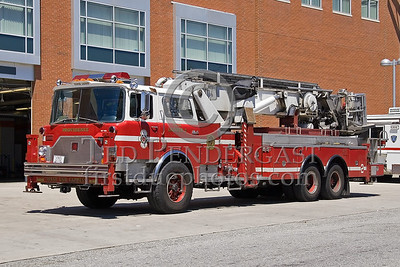 Providence, RI - Tower Ladder Co 2 (Spare) - IFBA National Convention (NEFCON '07) - Boston to Providence Bus Trip