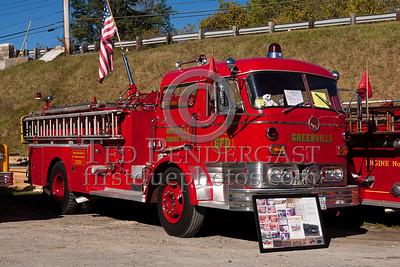 Greenville RI former Engine 1 - 1963 Mack C pumper