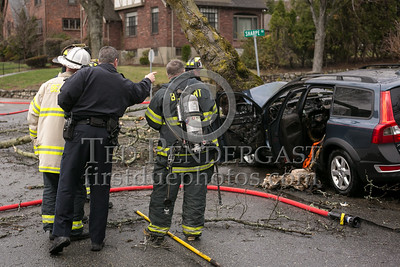 Belmont MA - MVA w/fire 245 Washington St at Sharpe Rd