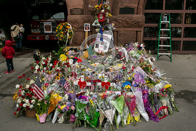 Boston MA - LODD Memorial at E33 / L15 on Boylston St
