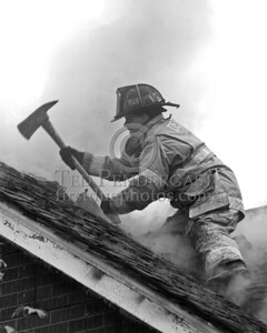 Detroit,MI - Working Fire - 5726 Hurlbut St - Female FF from Ladder 19 Opening The Roof