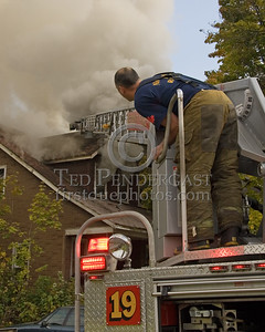 Detroit,MI - Working Fire - 5726 Hurlbut St - Positioning Ladder 19's Stick for Vertical Ventilation