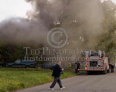 Detroit,MI - Working Fire - 5726 Hurlbut St - Arriving First Due With Ladder Co.19 At An Occupied Dwelling Fire