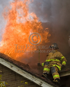 Detroit,MI - Working Fire - 5726 Hurlbut St - Fire Vents Through The Roof