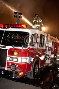 Fairfield NJ (Essex Co) - 5 alarms for a warehouse at 1275 Bloomfield Av